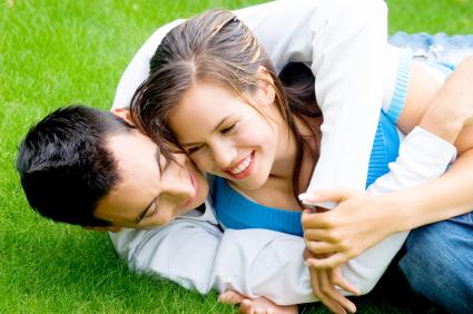 Tips 2 Menghadapi Pasangan yang Super Cuek - Datangya Tips Blog