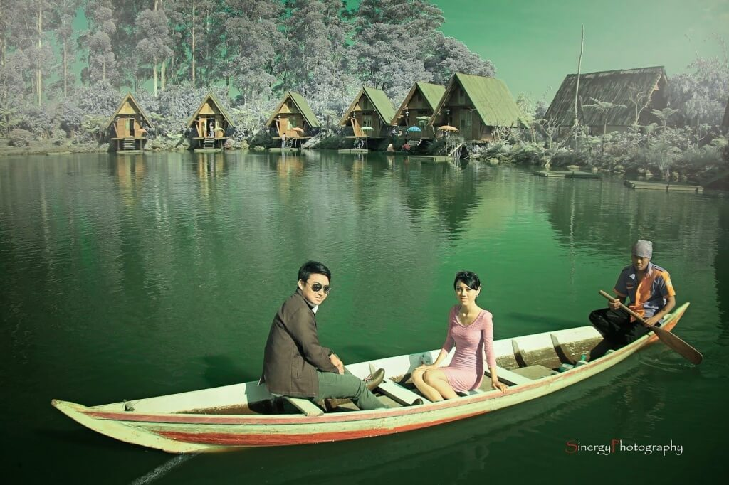 Image result for foto prewedding di dusun bambu